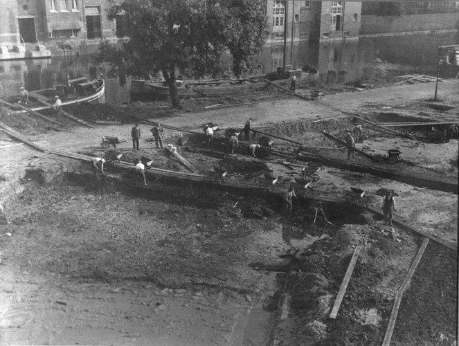 Bouw Geologisch Instituut, 27 september 1927