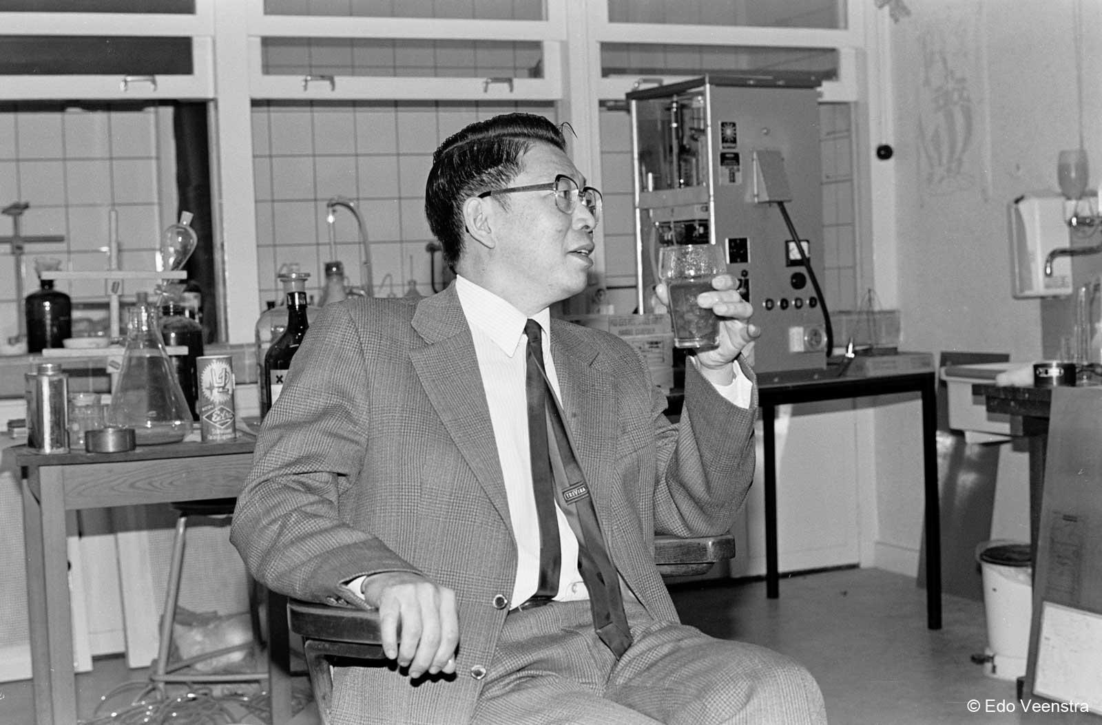 Professor Oen Ing Soen